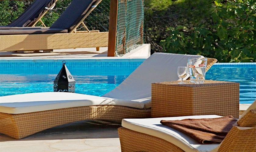 Pool mit Liegen Komfortable Villa San José Ibiza IBZ 11