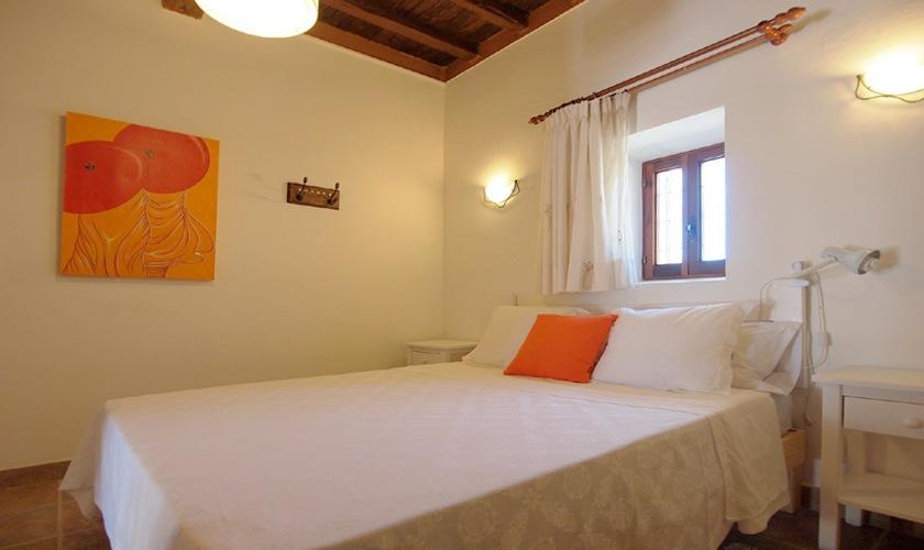 Schlafzimmer Poolvilla Ibiza Klimaanlage WLAN IBZ 11