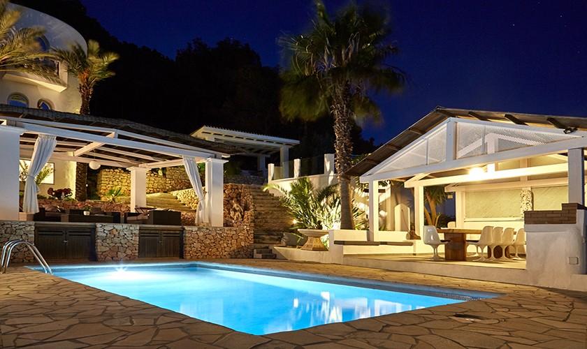 Pool bei Nacht Ferienvilla 10 Personen Ibiza IBZ 12
