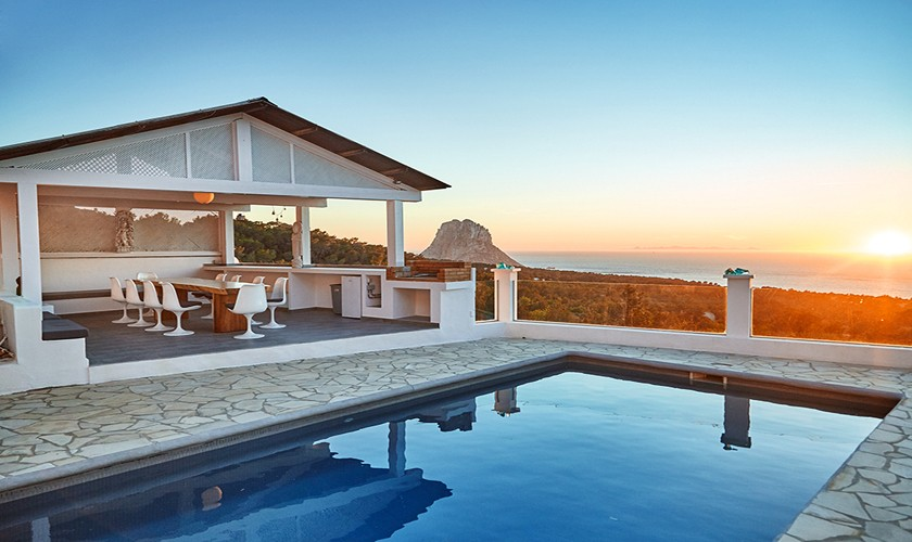 Terrasse mit Pool Exklusive Ferienvilla Ibiza Cala d'Hort IBZ 12