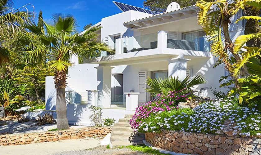 Ferienvilla Ibiza mit Pool 10 Personen Klimaanlage IBZ 12