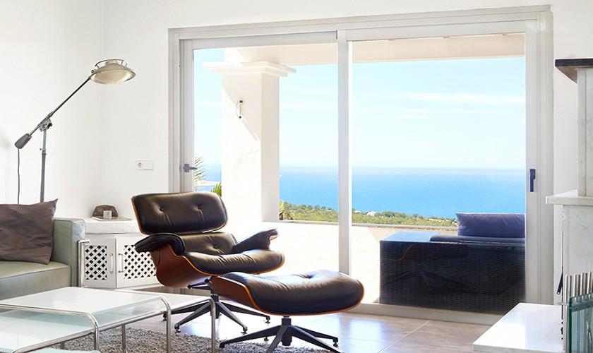 Wohnbereich mit Meerblick Poolvilla mit Klimaanlage IBZ 12