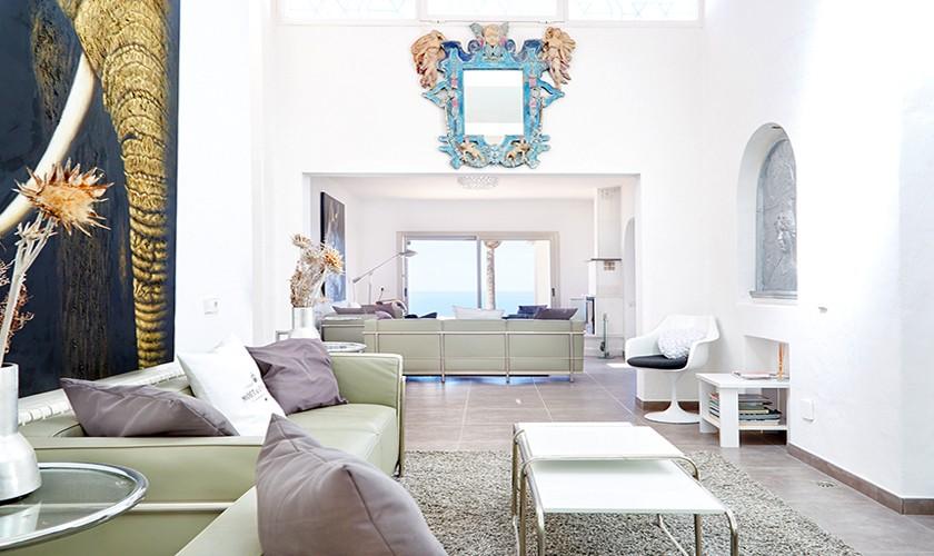 Wohnraum mit Sofa Poolvilla Ibiza 10 Personen IBZ 12