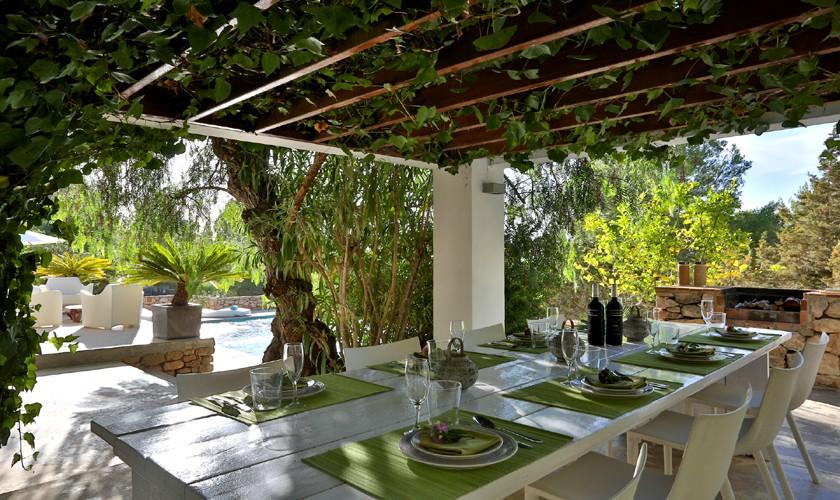 Eingedeckter Tisch Poolvilla mit Meerblick Ibiza IBZ 14