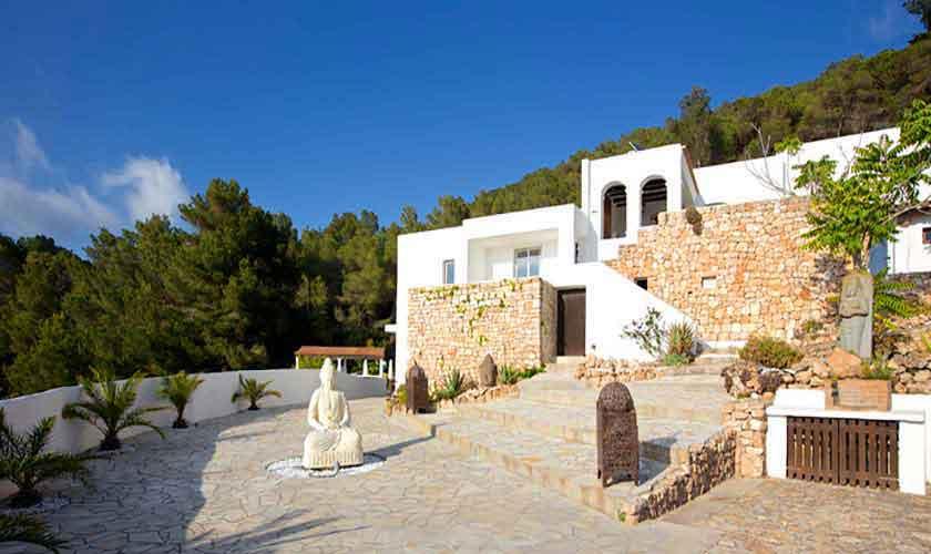 Blick auf die Villa Ibiza für 10 Personen IBZ 26