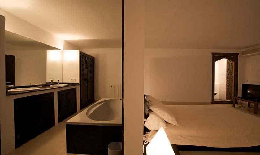 Badezimmer Ferienvilla Ibiza IBZ 28
