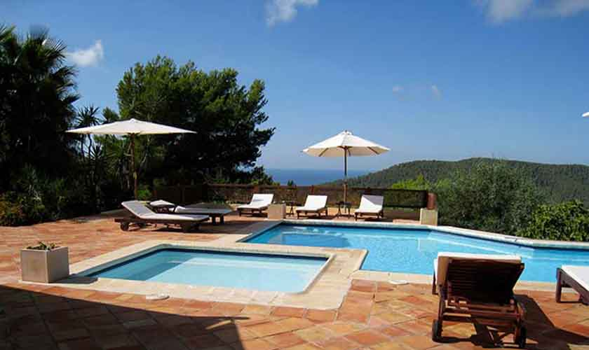 exklusive finca ibiza mieten f r 10 personen mit gro em pool steiner. Black Bedroom Furniture Sets. Home Design Ideas