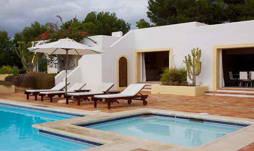 Pool und Exklusive Finca Ibiza IBZ 28