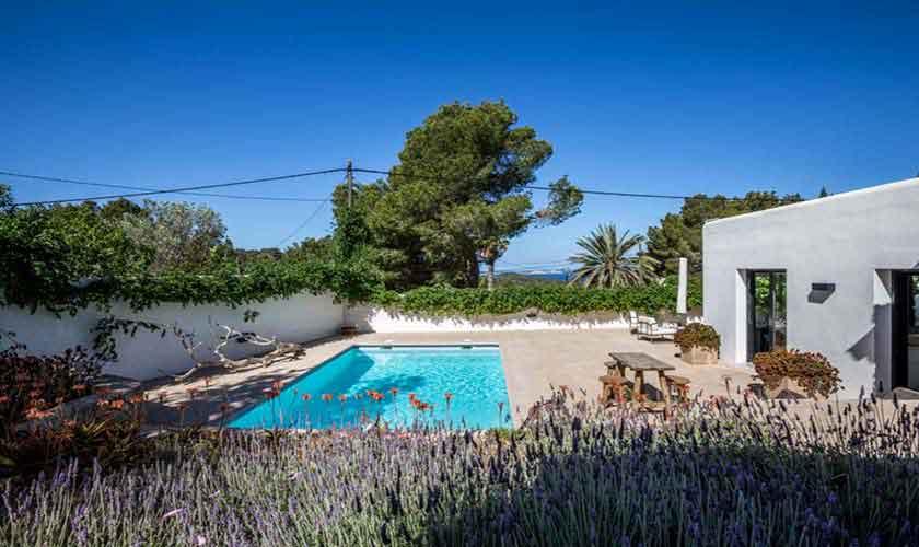 Poolblick Ferienvilla Ibiza IBZ 32