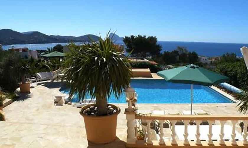 Pool und Meerblick Ferienhaus Ibiza IBZ 56