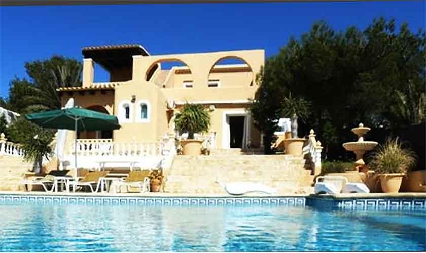 Pool und Villa Ibiza IBZ 56