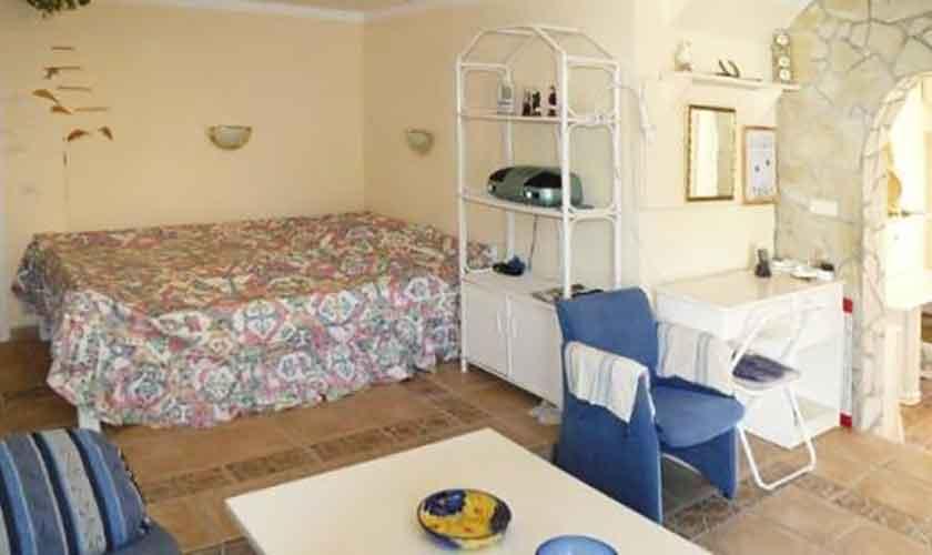 Schlafzimmer Ferienhaus Ibiza IBZ 56