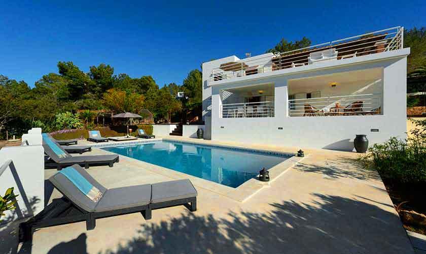 Poolblick und Ferienhaus Ibiza 12 Personen IBZ 72