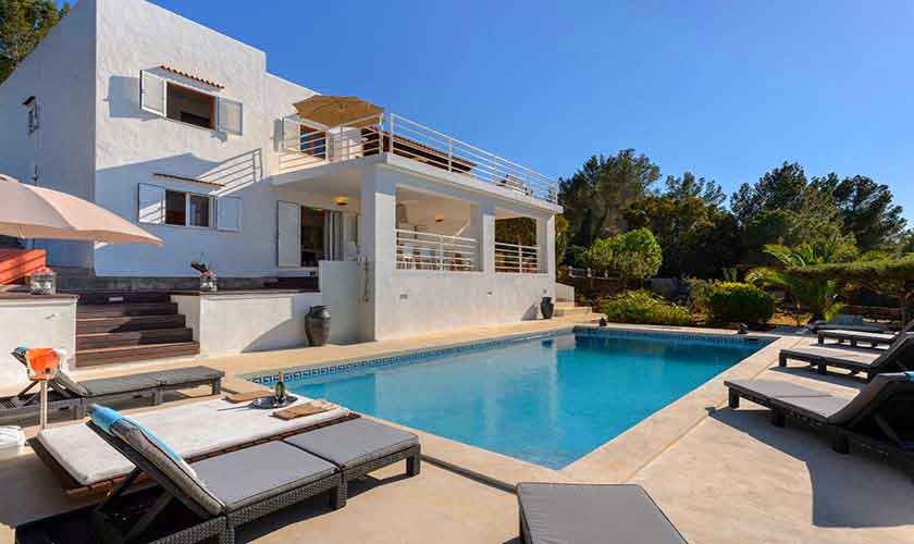 Pool und Ferienhaus Ibiza IBZ 72