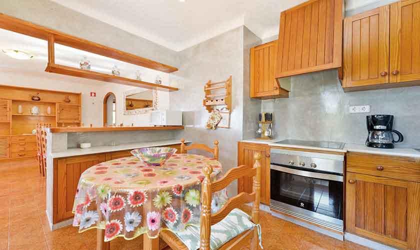 Küche Ferienhaus Ibiza 12 Personen IBZ 72