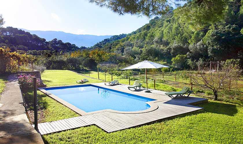 Pool und Blick Finca Mallorca Westküste PM 225