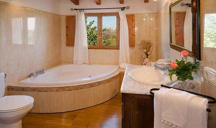 Badezimmer en suite Finca Mallorca für 6 Personen PM 301