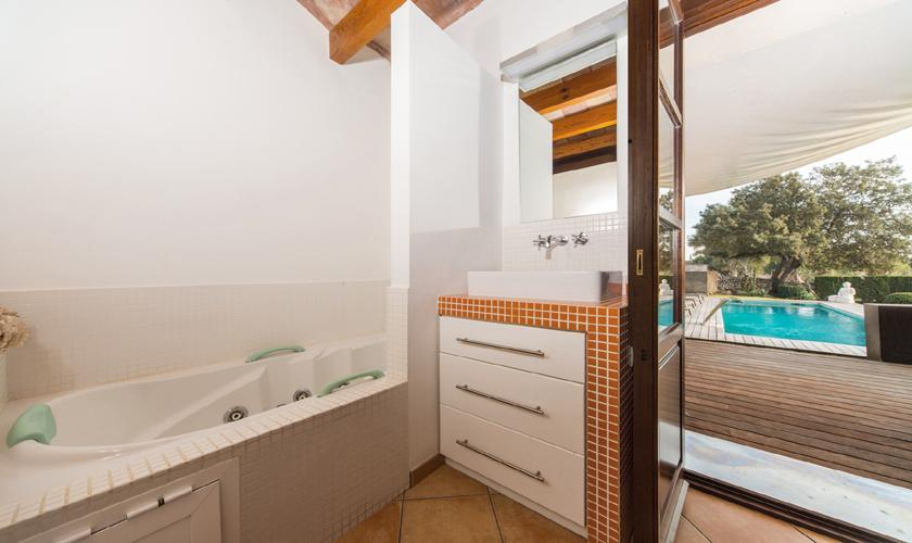 Badezimmer Ferienhaus Mallorca PM 3026