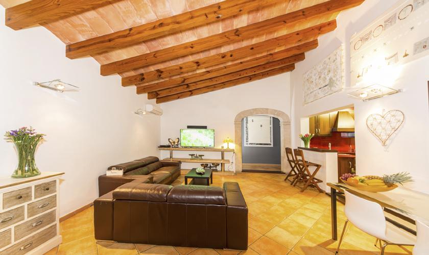 Wohnraum Finca Mallorca 6-7 Personen PM 3026