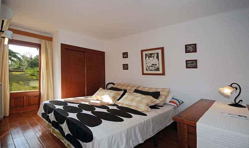 Schlafzimmer Ferienhaus Mallorca für 8 Personen PM 3031