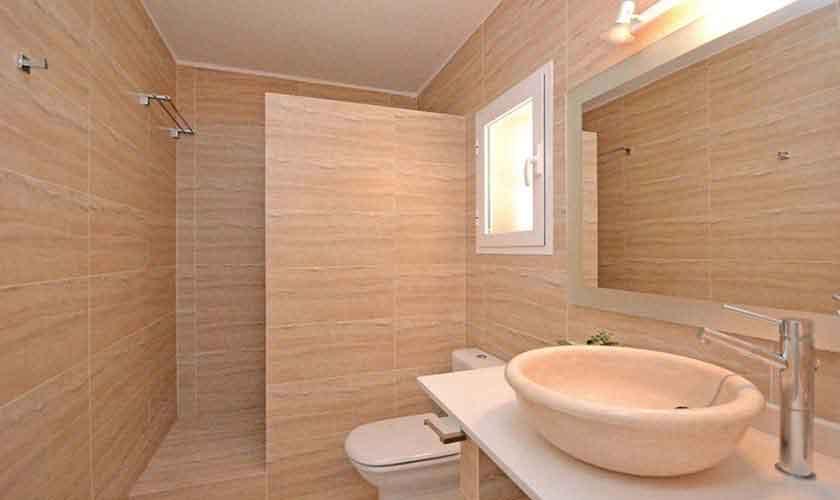 Badezimmer Ferienhaus Mallorca für 8 Personen PM 3031