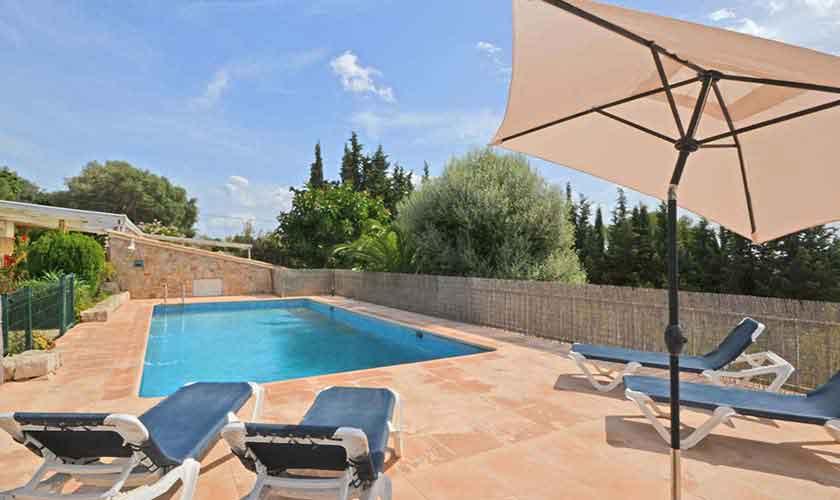 Kindersicherer Pool Finca Mallorca für 8 Personen PM 3031