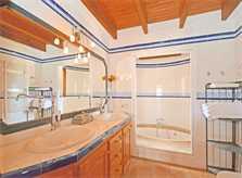 Badezimmer Finca Mallorca für 8 - 10 Personen PM 3023
