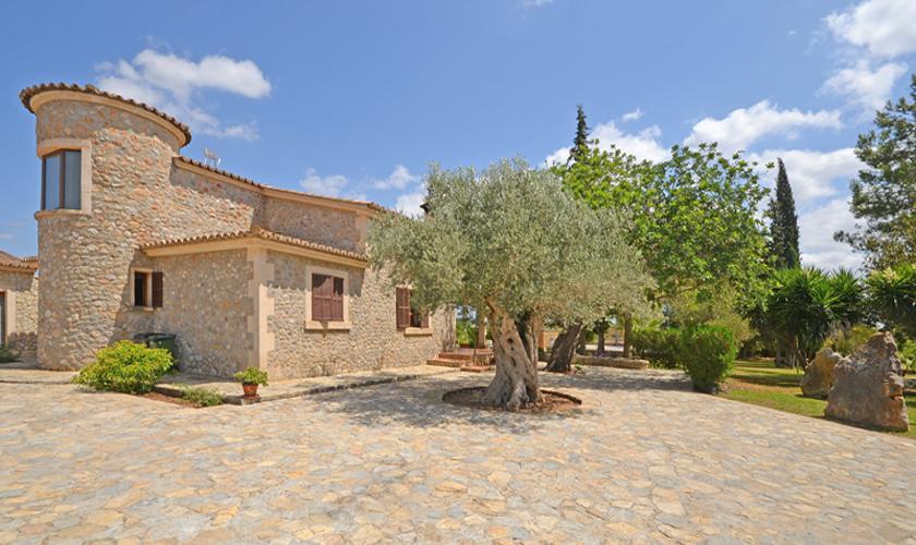Blick auf die Finca Mallorca für 8 - 10 Personen PM 3023