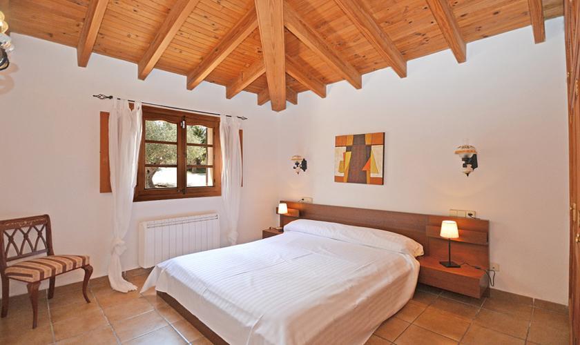 Schlafzimmer Finca Mallorca für 8 - 10 Personen PM 3023