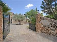 Tor zur Finca Mallorca für 8 - 10 Personen PM 3023