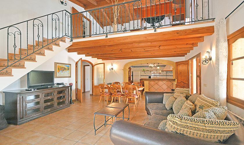 Wohnraum Finca Mallorca für 8 - 10 Personen PM 3023