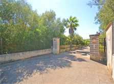 Einfahrt Finca Mallorca Norden PM 3034