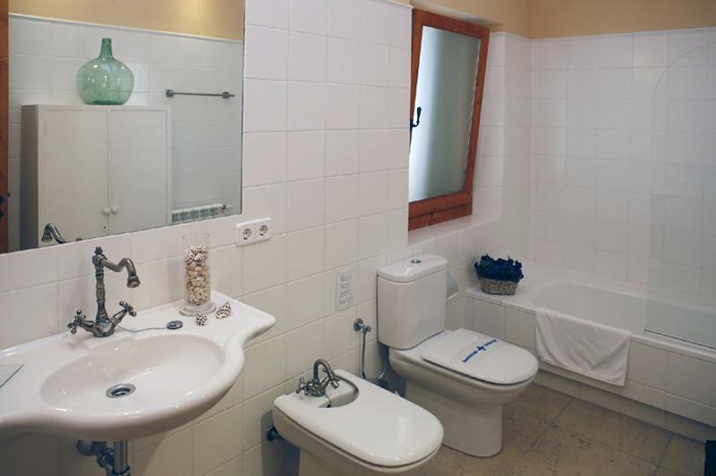 Schlafzimmer  Suite 2 Finca Mallorca mit Pool PM 3062 für 8 Personen