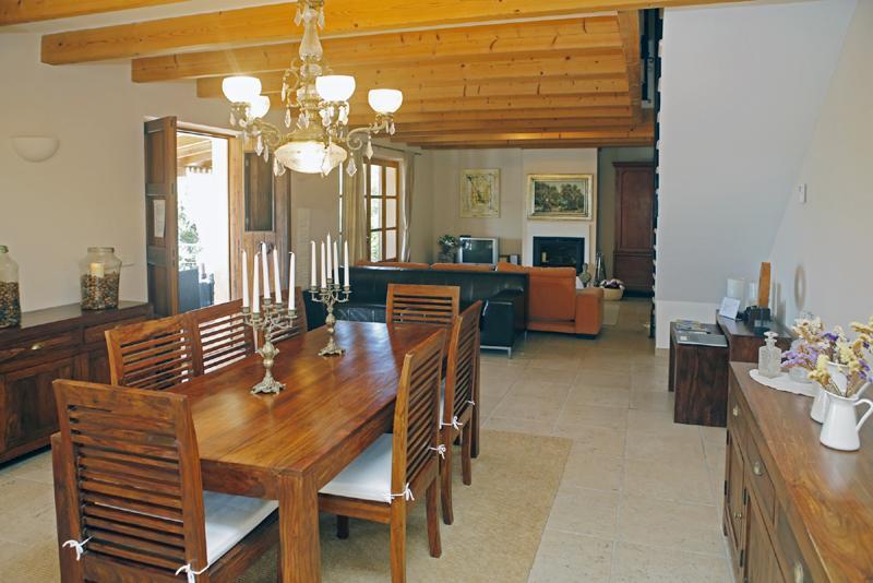 Essplatz 2 der Ferienfinca mit Pool PM 3062 für 8 Personen