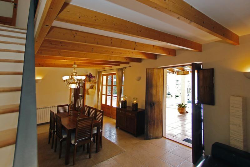 Wohnraum der Ferienfinca mit Pool PM 3062 für 8 Personen