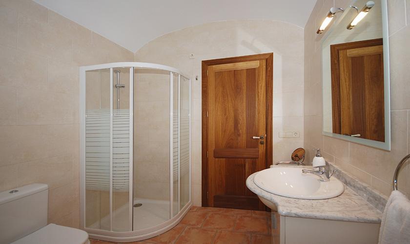 Badezimmer Finca Mallorca für 16 Personen PM 3065