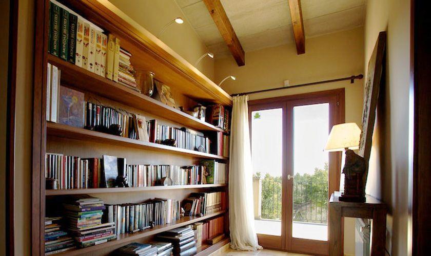 Bibliothek Ferienvilla Mallorca PM 3015