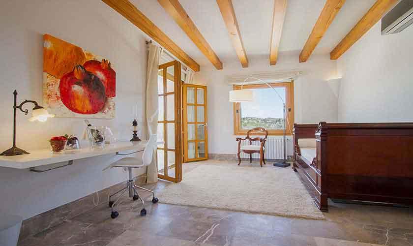 Schlafzimmer Ferienfinca Mallorca PM 3115