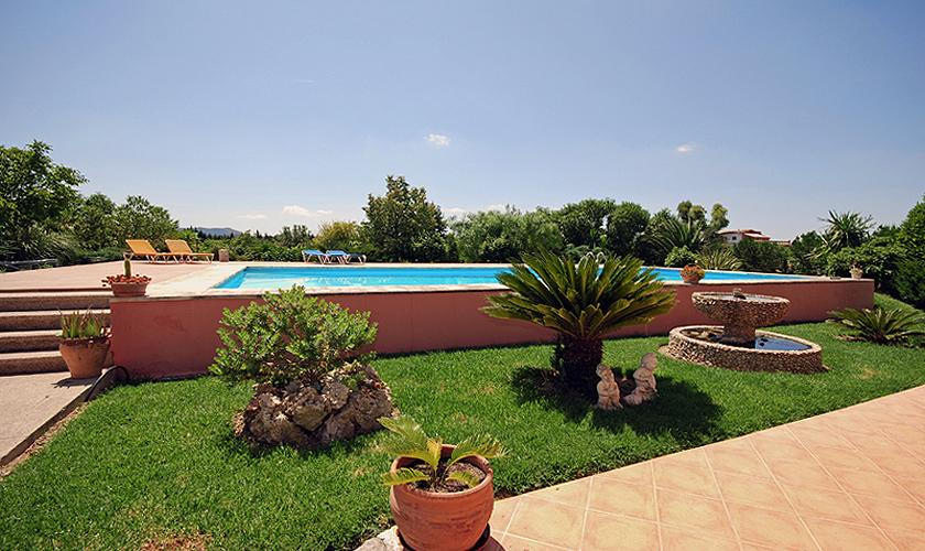 Pool der Finca Mallorca bei Selva PM 312