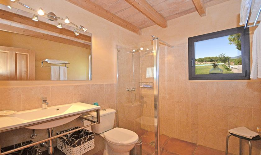 Modernes Badezimmer Finca Mallorca für 4 Personen PM 3131