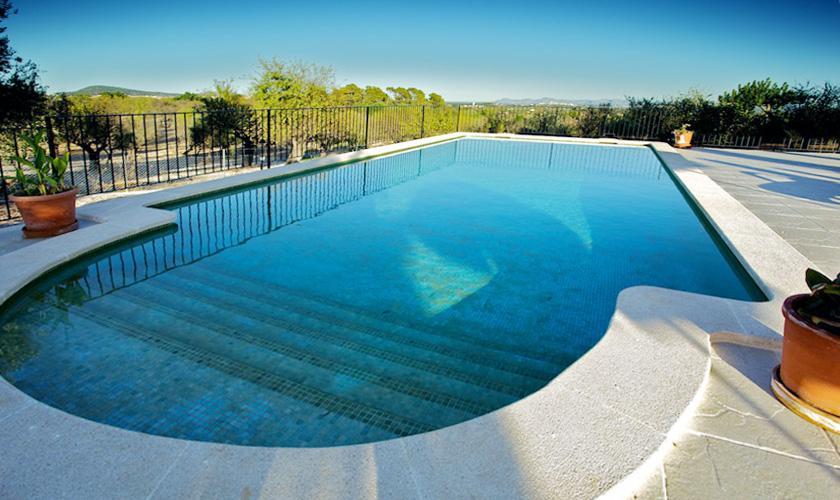 Poolblick Ferienvilla Mallorca für 10 Personen PM 3132