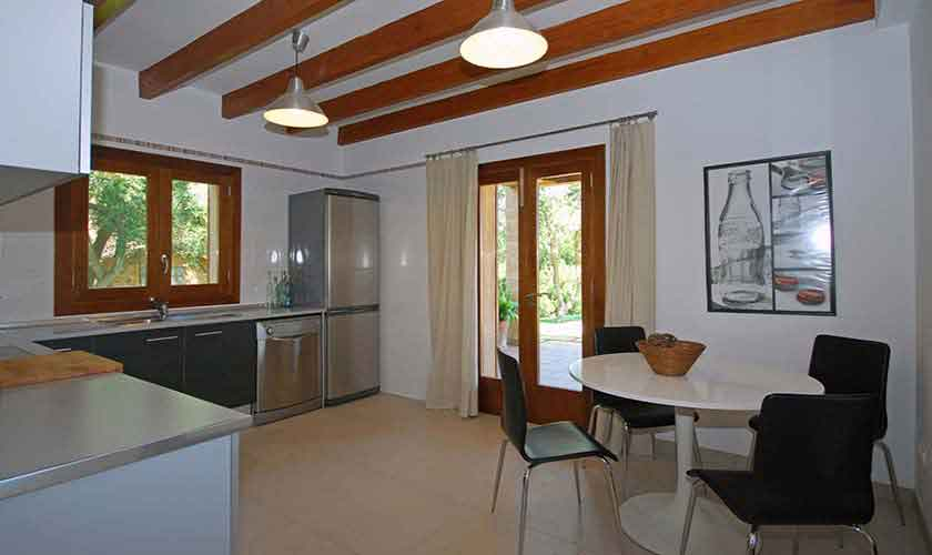 Küche Finca Mallorca 8 Personen PM 317