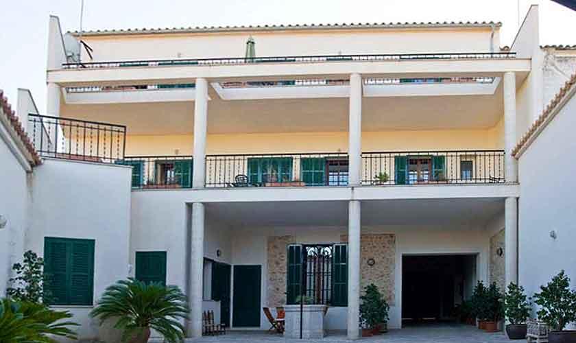 Blick auf das Ferienhaus Mallorca 16-18 Personen PM 318