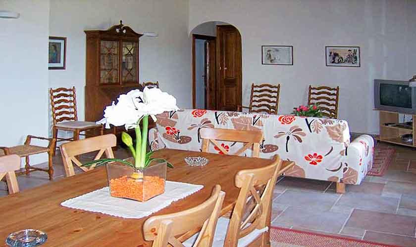 Wohnraum Ferienhaus Mallorca 16-18 Personen PM 318