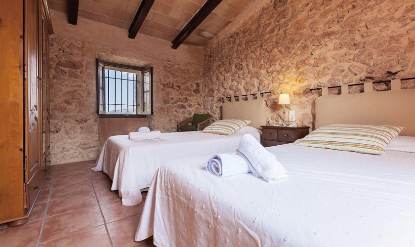 Schlafzimmer Ferienhaus Mallorca 8 Personen PM 3215