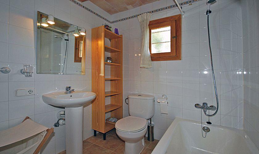 Badezimmer Ferienhaus Mallorca PM 324