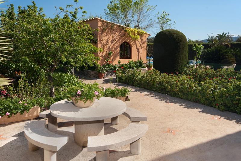 Garten und Finca Mallorca Pollensa PM 3328