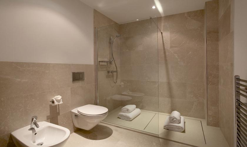 Badezimmer Luxusvilla Mallorca für 12 Personen PM 3318