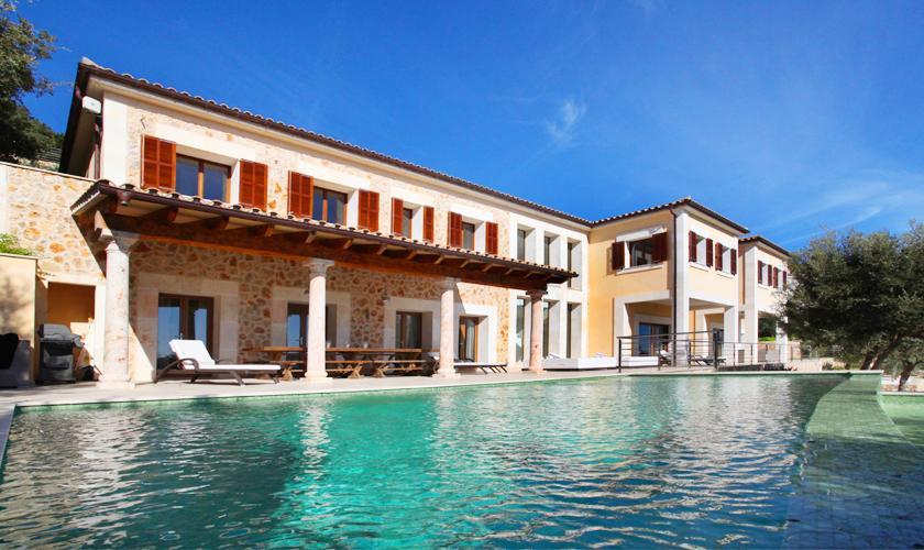 Pool und Luxusvilla Mallorca für 12 Personen PM 3318