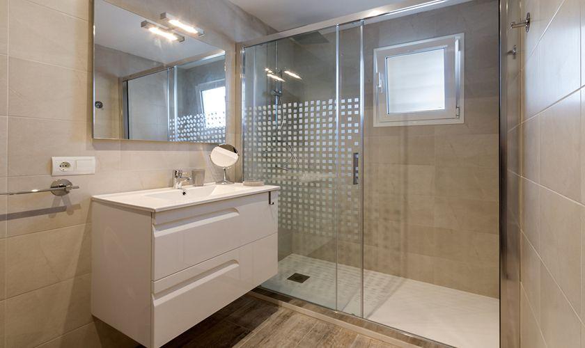 Badezimmer Finca Mallorca für 6 Personen PM 3325